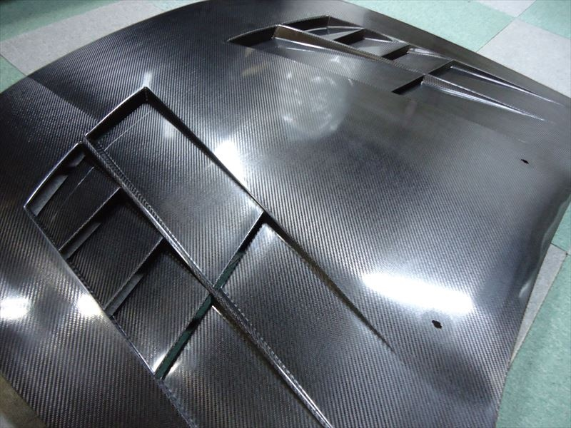 BNR32 GT仕様ボンネット